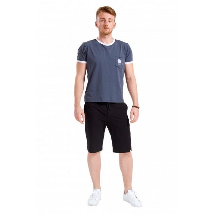 морава - мужская футболка с принтом «Listen to your heart» на кармане